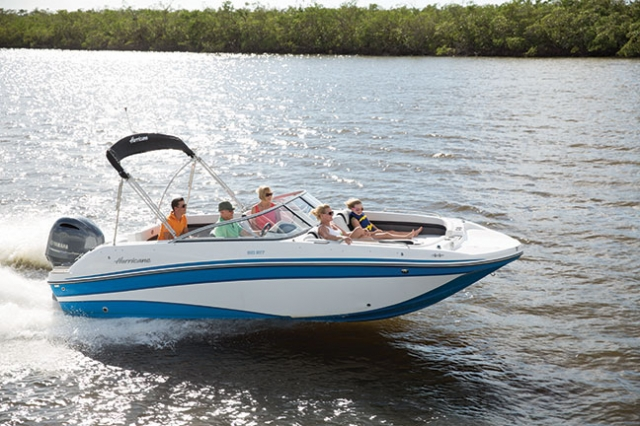 2018 Hurricane 217 Sun Deck