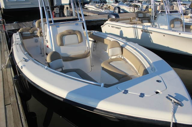 2019 Key West 23' Center Console